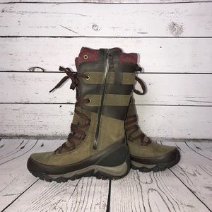 WOMEN'S MERRELL INSULATED BOOTS